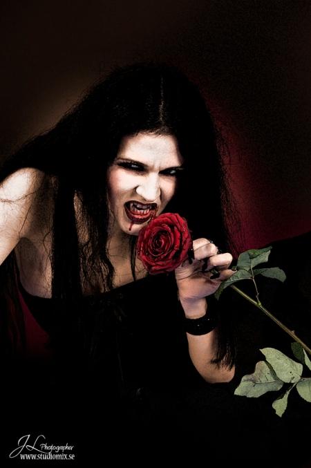 Veggie Vampire, Tallee Savage