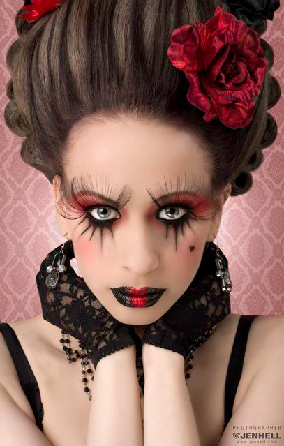 Adalmina Goth Apple, JenHell, The Core, Savage Beauty Make Up, Barock, wig
