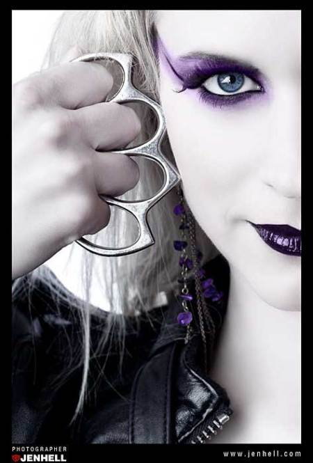 Knuckle Iron, purple make up, rock chick,
