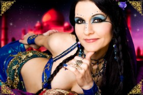 Bollywood, Belly Dancer, Taj Mahal, India, Eyliner, Make up