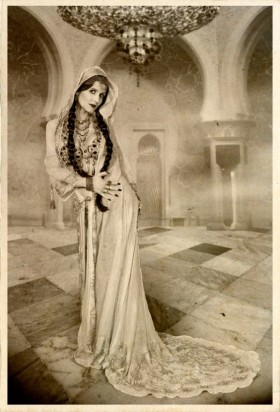 Mata Hari, Exotic Dancer, Vintage picture, Spy
