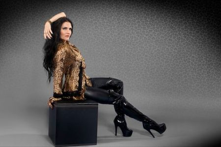 Leopard Fashion, Tallee Savage Model