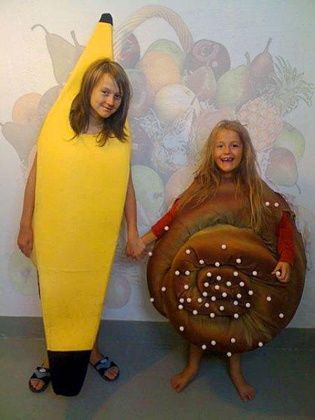 Banana Cinnamon Bun costume, Adina Elizia, Independent Kostym