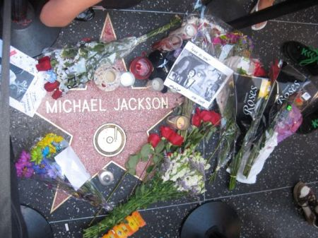 Michael Jackson, flowers at walk of fame, Hollywood