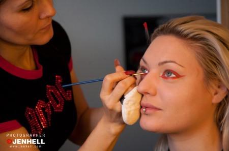 Tallee Savage doing make up on Lisa