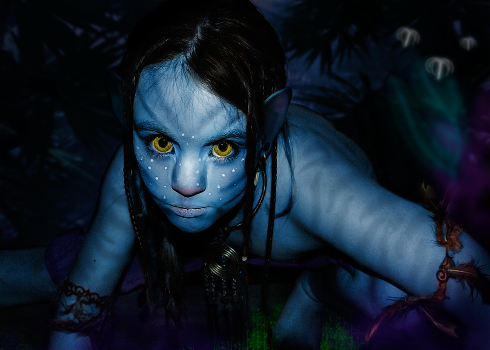 Avatar Girl | Savage Beauty Blog: https://talleesavage.wordpress.com/2010/05/24/avatar-girl