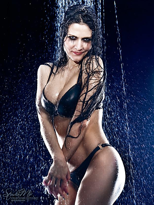 Shower Model shower | savage beauty blog